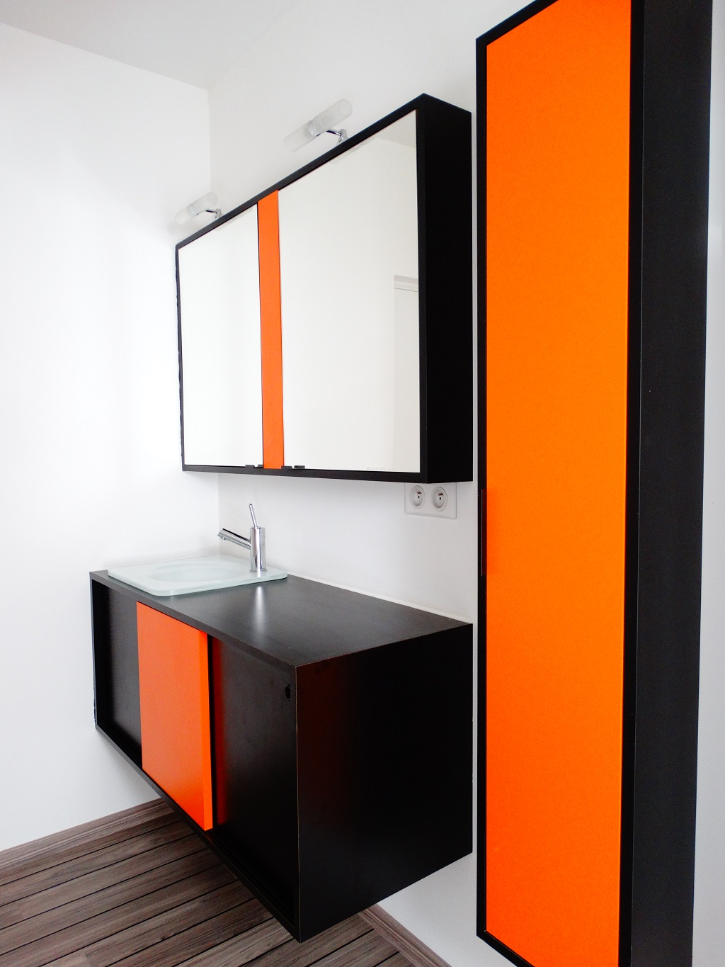 salle bain orange carrelage salle de bain orange photos de design d photo d coration salle de. Black Bedroom Furniture Sets. Home Design Ideas