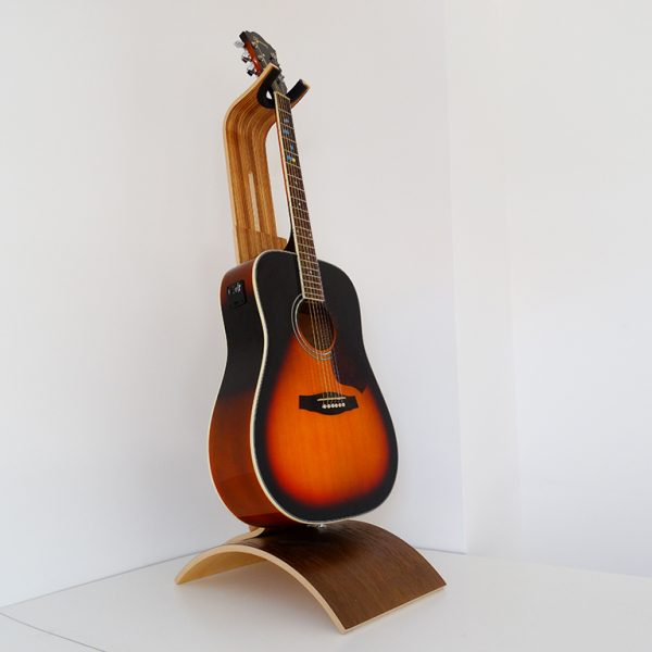SUPPORT GUITARE EN BOIS ZEBRANO 600x600 - Support guitare en bois ajustable