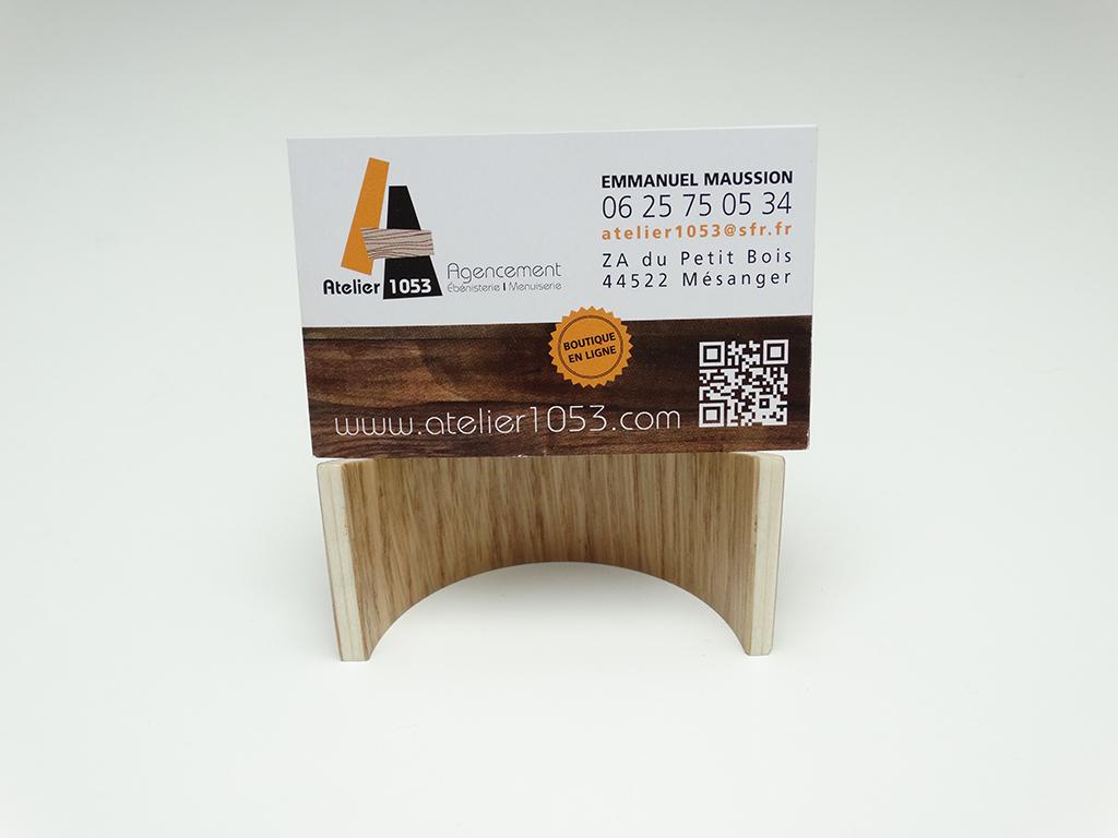 SUPPORT CARTE DE VISITE EN BOIS 1 - Support cartes de visite en bois cintré