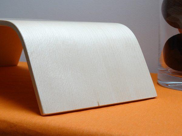 SUPPORT ECRAN EN BOIS CINTRE HETRE 600x450 - Support écran en bois cintré