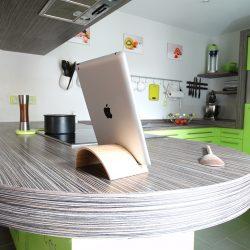 SUPPORT TABLETTE EN BOIS CINTRE V2 1 250x250 - Boutique atelier 1053