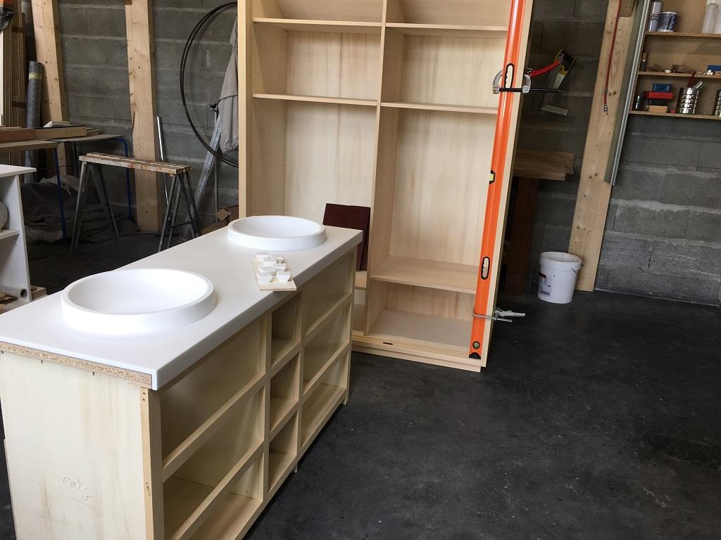 FAbrication salle de bains sur mesure Tharon Plage - Salle d'eau Acajou