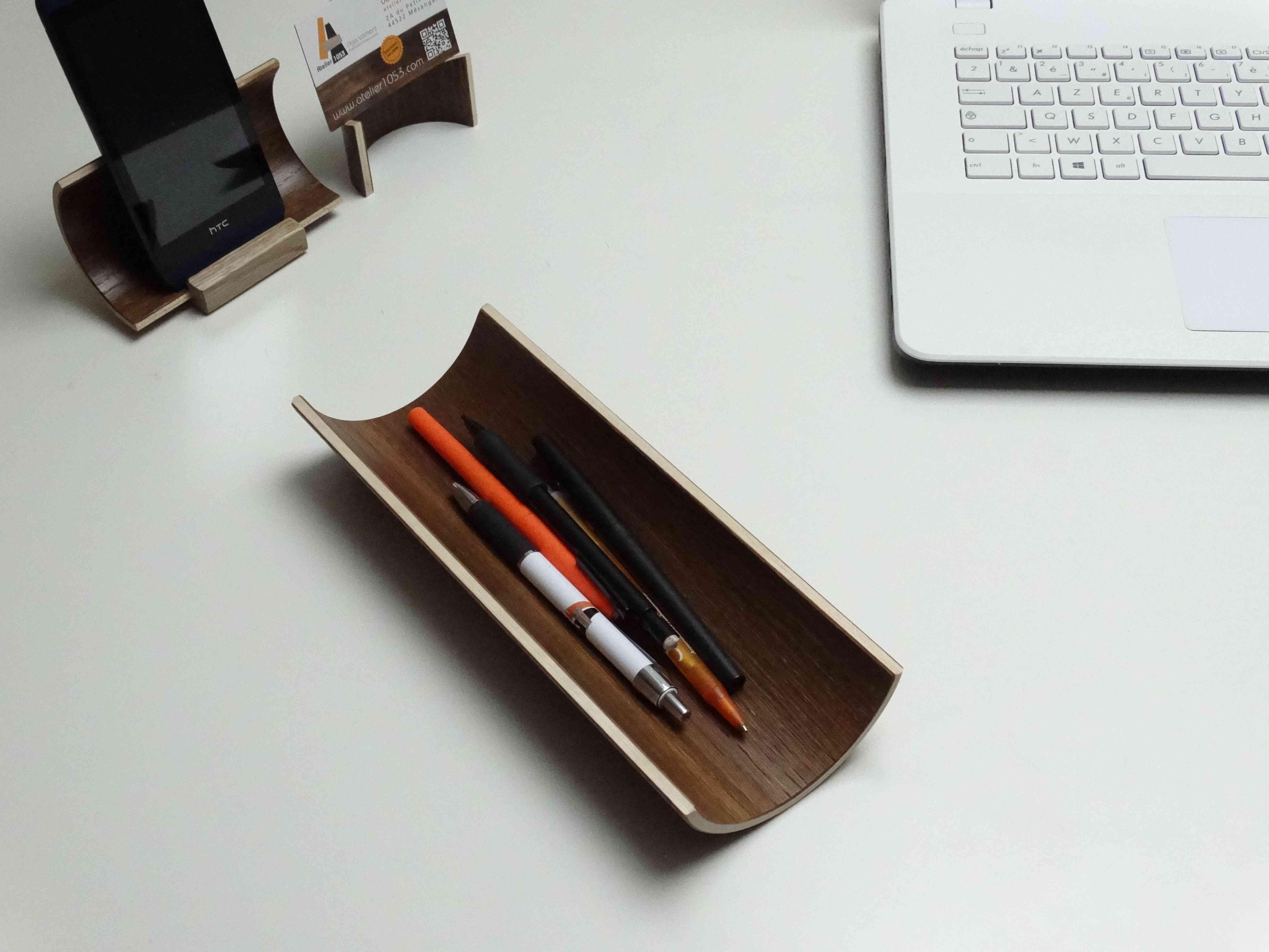 porte stylos en bois cintré