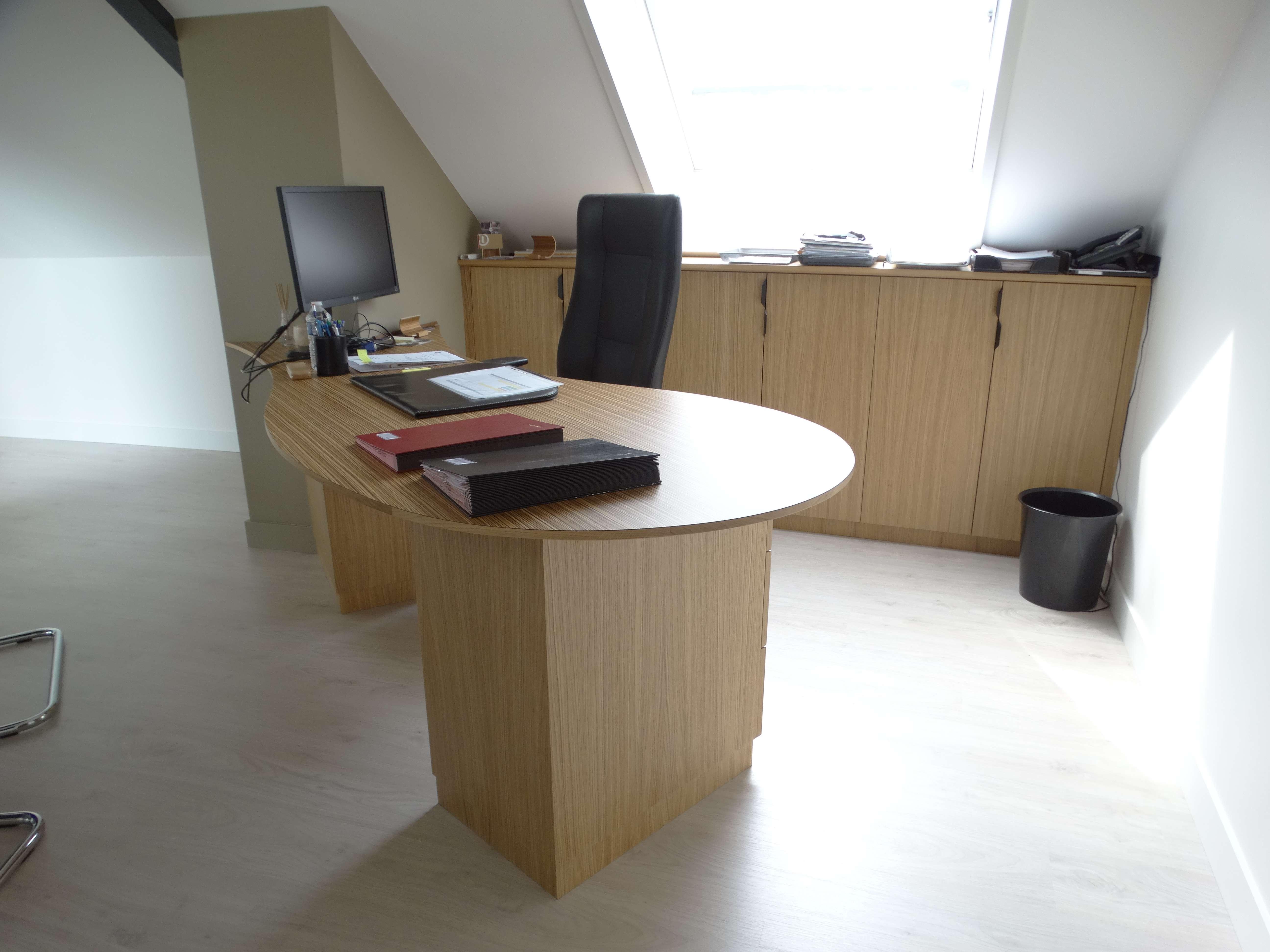 Bureau sur mesure maire - L'Atelier 1053