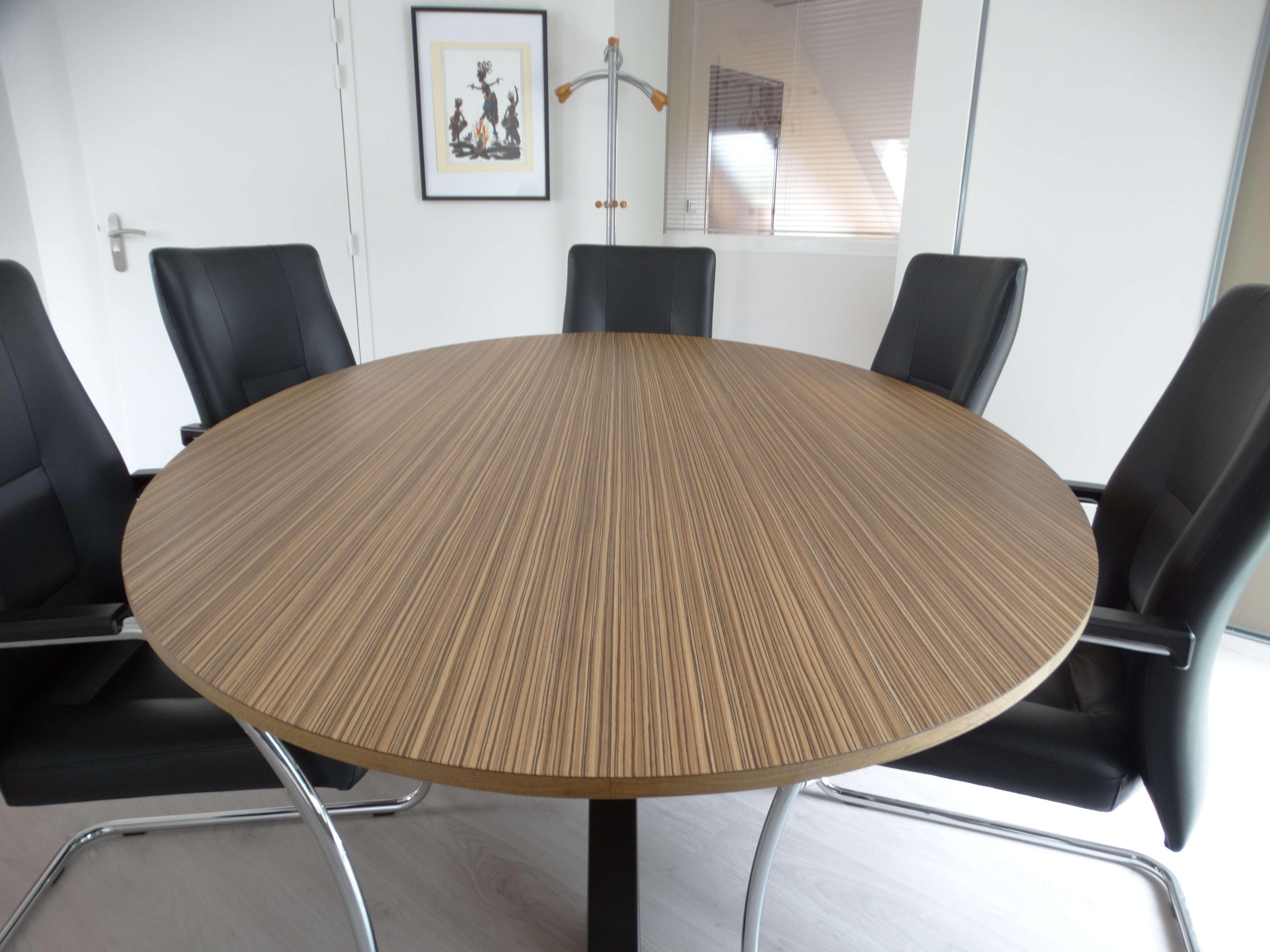 Table de travail ovale bois massif - Bureau original mairie en bois zebrano et chêne
