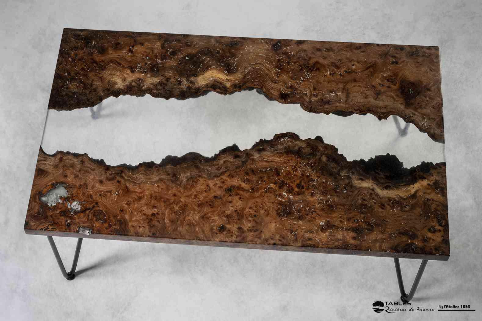 Table basse resine bois metal fluo
