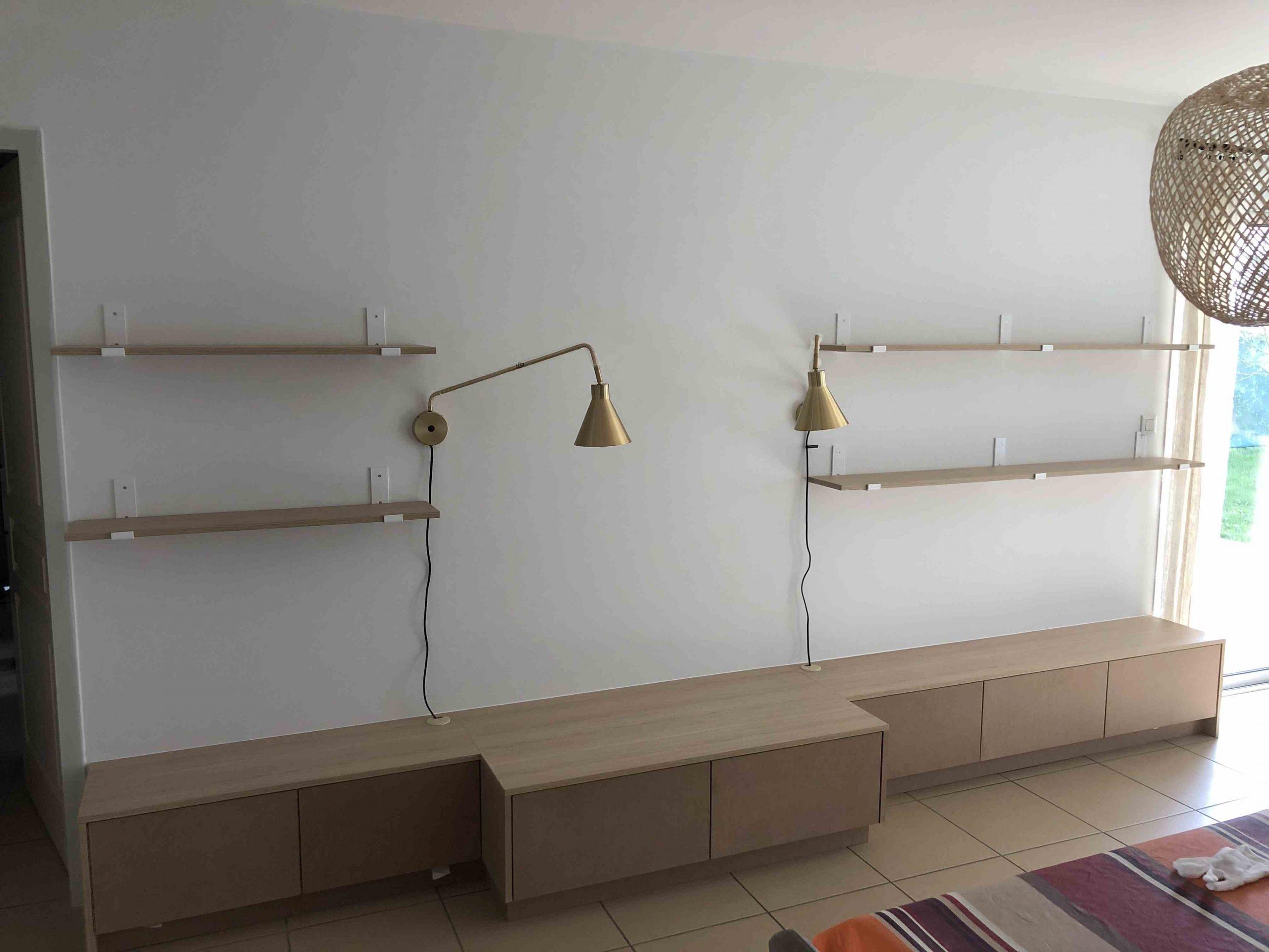 IMG 1708 scaled - Aménagement d'un salon sur mesure