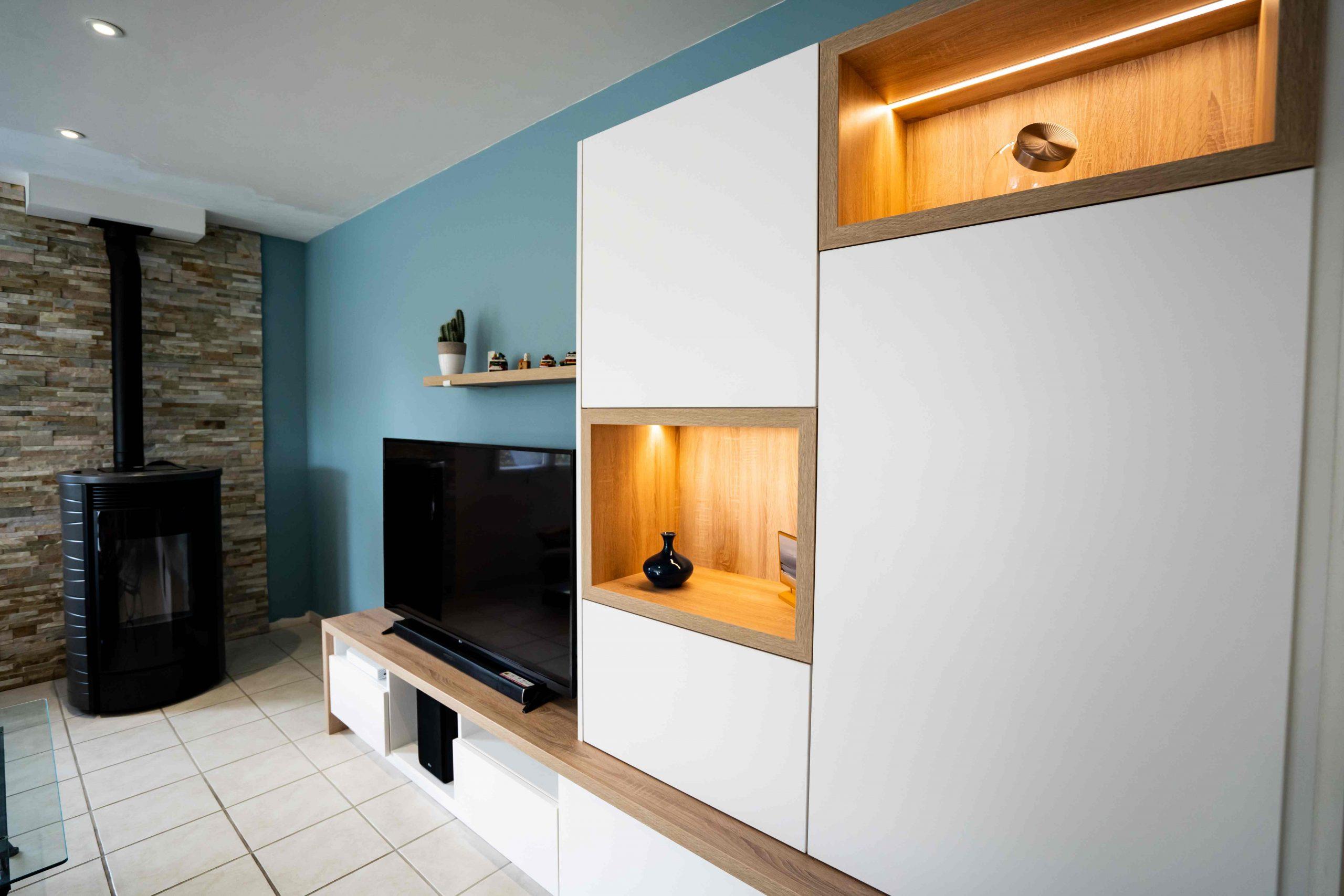 RDI01385 scaled - Meuble TV sur mesure blanc & chêne