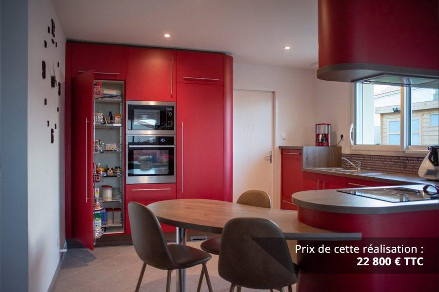 cuisine sur mesure rouge avec finitions cintrees img 4 e1608046070751 - Cuisine sur mesure rouge avec finitions cintrées