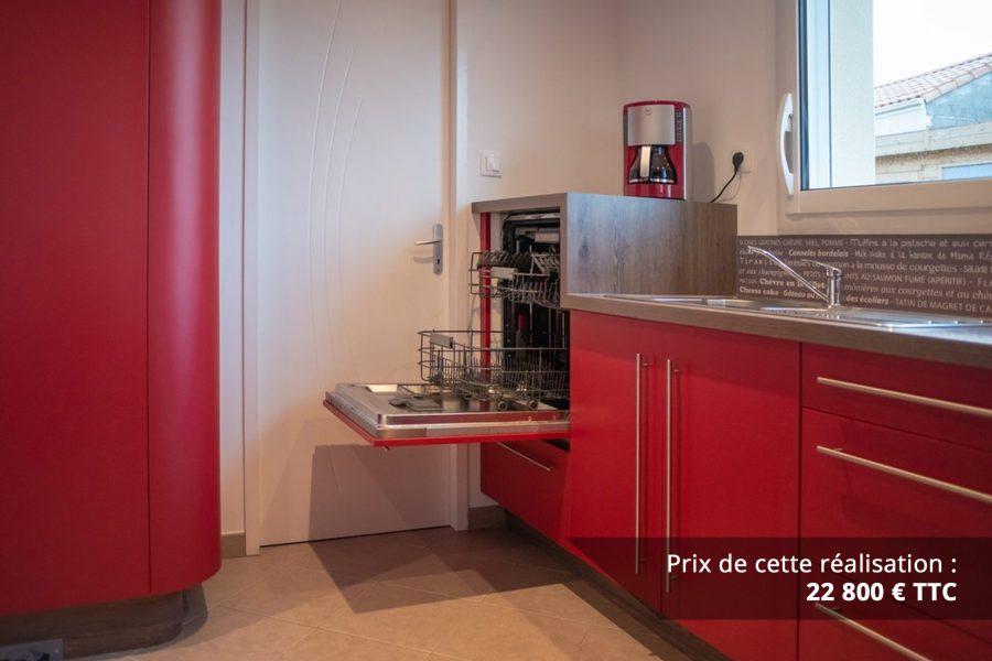 cuisine sur mesure rouge avec finitions cintrees img 6 e1608046093829 - Cuisine sur mesure rouge avec finitions cintrées