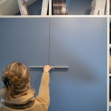 151 370x370 - Lit escamotable avec aménagement bibliothèque et coin bureau