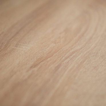43 370x370 - Cuisine blanc et plan de travail bois