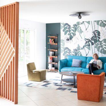 71 370x370 - Claustra en Chêne et meuble entrée avec niches