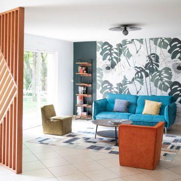72 370x370 - Claustra en Chêne et meuble entrée avec niches