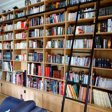 DSC00018 370x370 - Bibliothèque Chêne Massif