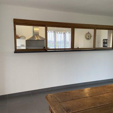 IMG 0612 370x370 - Verrière bois coulissante en chêne pour  séparation entre cuisine et pièce de vie