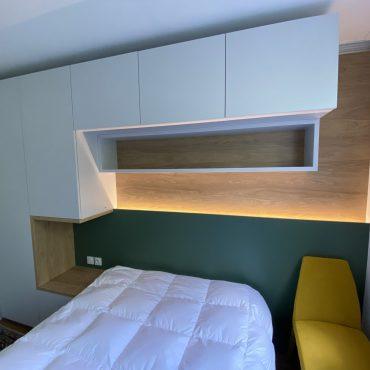IMG 1403 370x370 - Tête de lit laqué éclairage LED & rangement penderie