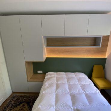 IMG 1405 370x370 - Tête de lit laqué éclairage LED & rangement penderie