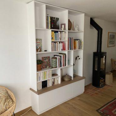 IMG 3338 370x370 - Bibliothèque blanc avec chêne clair