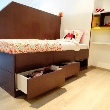 Lit enfant avec rangements 370x370 - Lit enfant & espace bureau
